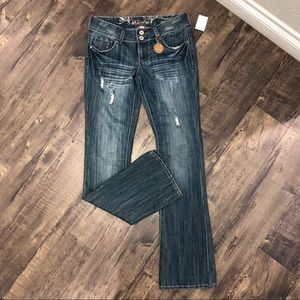 """Refuge """"Knock out"""" Skinny boot distressed jeans"""